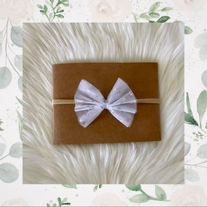 👑NEW! White Tulle Bow on Nylon or Clip In!